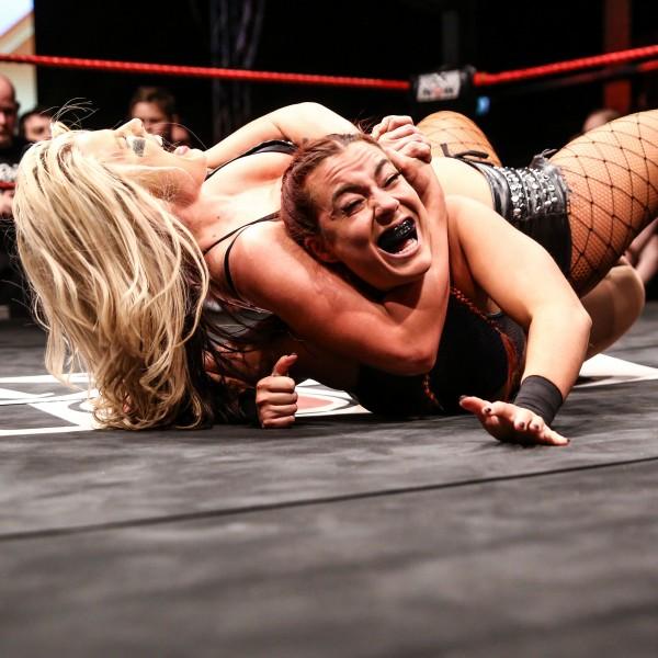 v_26174_02_Wrestling_wXw_2020_Gotha_Actionshot_2.jpg