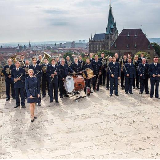 v_27616_01_Polizeimusikkorps_Thueringen_2020_1_Theater_Arnstadt.jpg