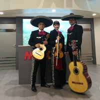 v_28187_01_Welt_Musik_Mexiko_2021_1_Herbstlese_Víctor_Ibanez.jpg