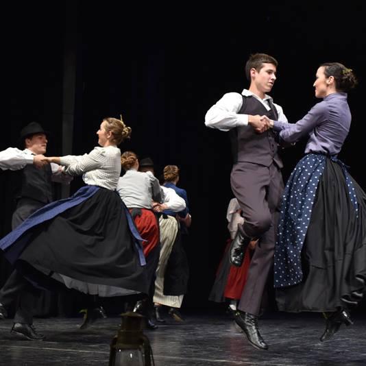 Tanzprogramm mit Slowenischer Folklore Klas