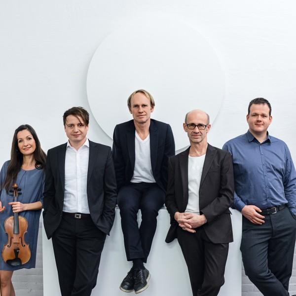 v_26296_02_keimzeit_akustik_quintett_Schloessernacht_2020_2_Stiftung.jpg