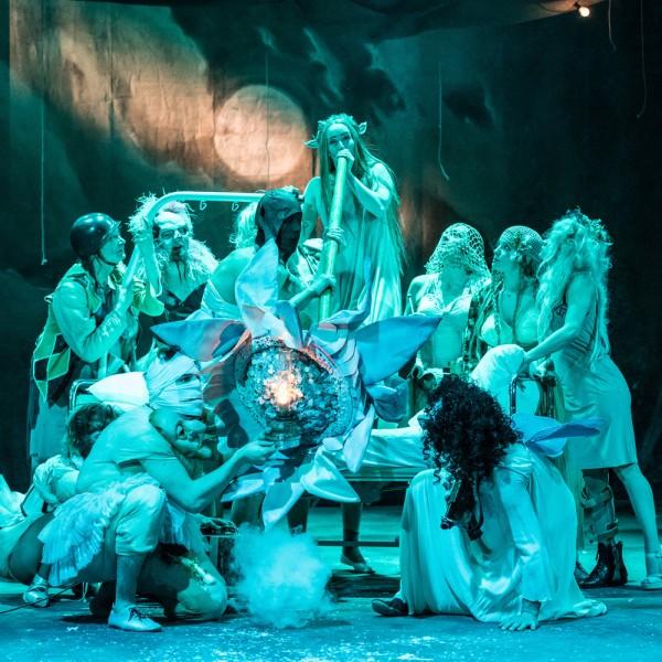 v_26465_01_Sommernachtstraum_2020_1_Theater_Erfurt_Luca_Abbiento.jpg