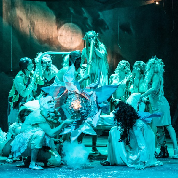 v_26472_01_Sommernachtstraum_2020_1_Theater_Erfurt_Luca_Abbiento.jpg