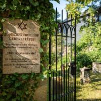Von Ort zu Ort - Die Friedhöfe